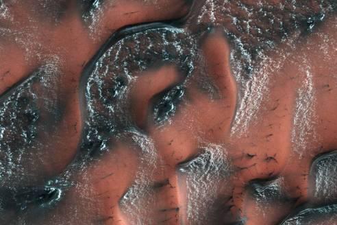 snowy dunes on Mars