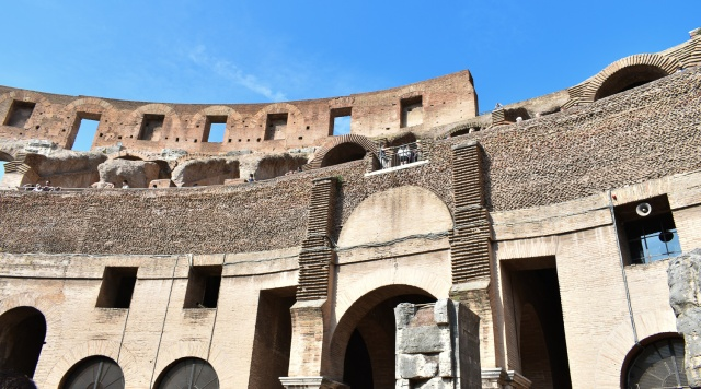 Colosseum int4